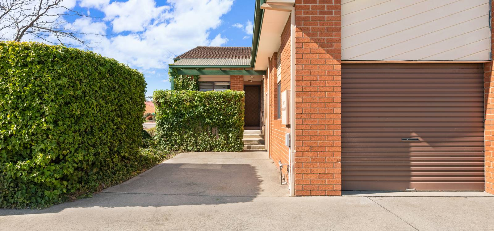 1/3 Redcliffe Street PALMERSTON, ACT 2913 - photo 1