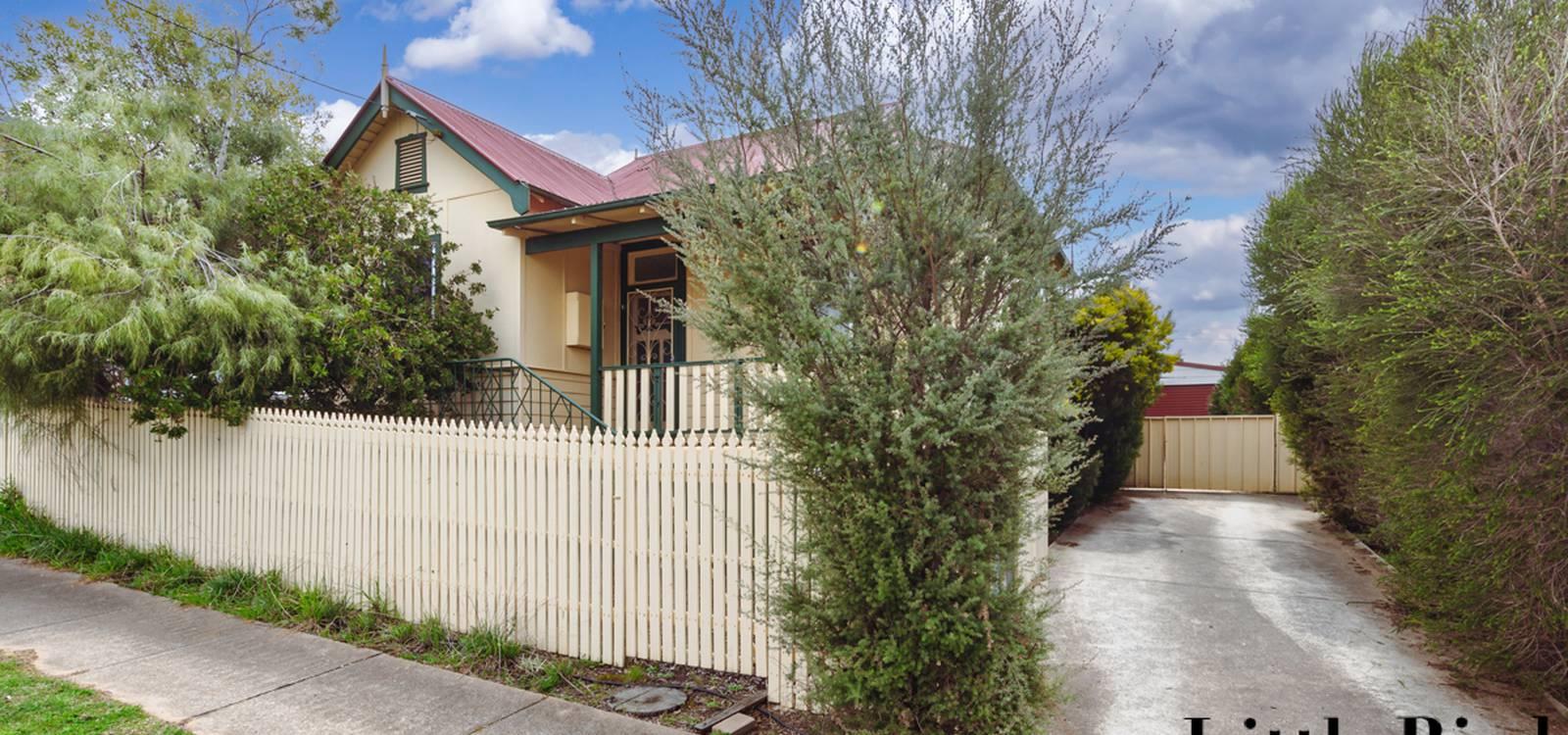 14 Moore Street QUEANBEYAN, NSW 2620 - photo 1