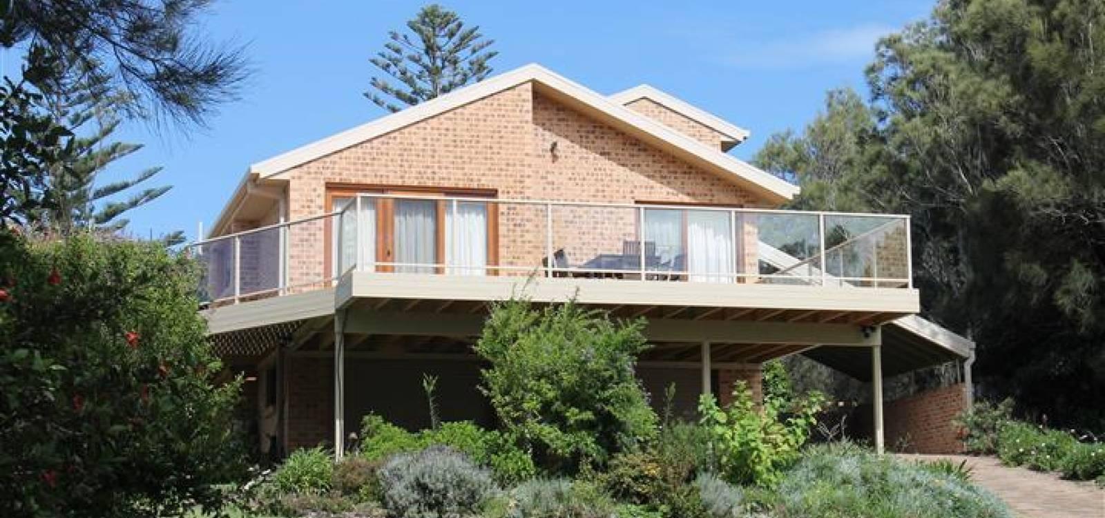 18 Chauvel Crescent TUROSS HEAD, NSW 2537 - photo 1