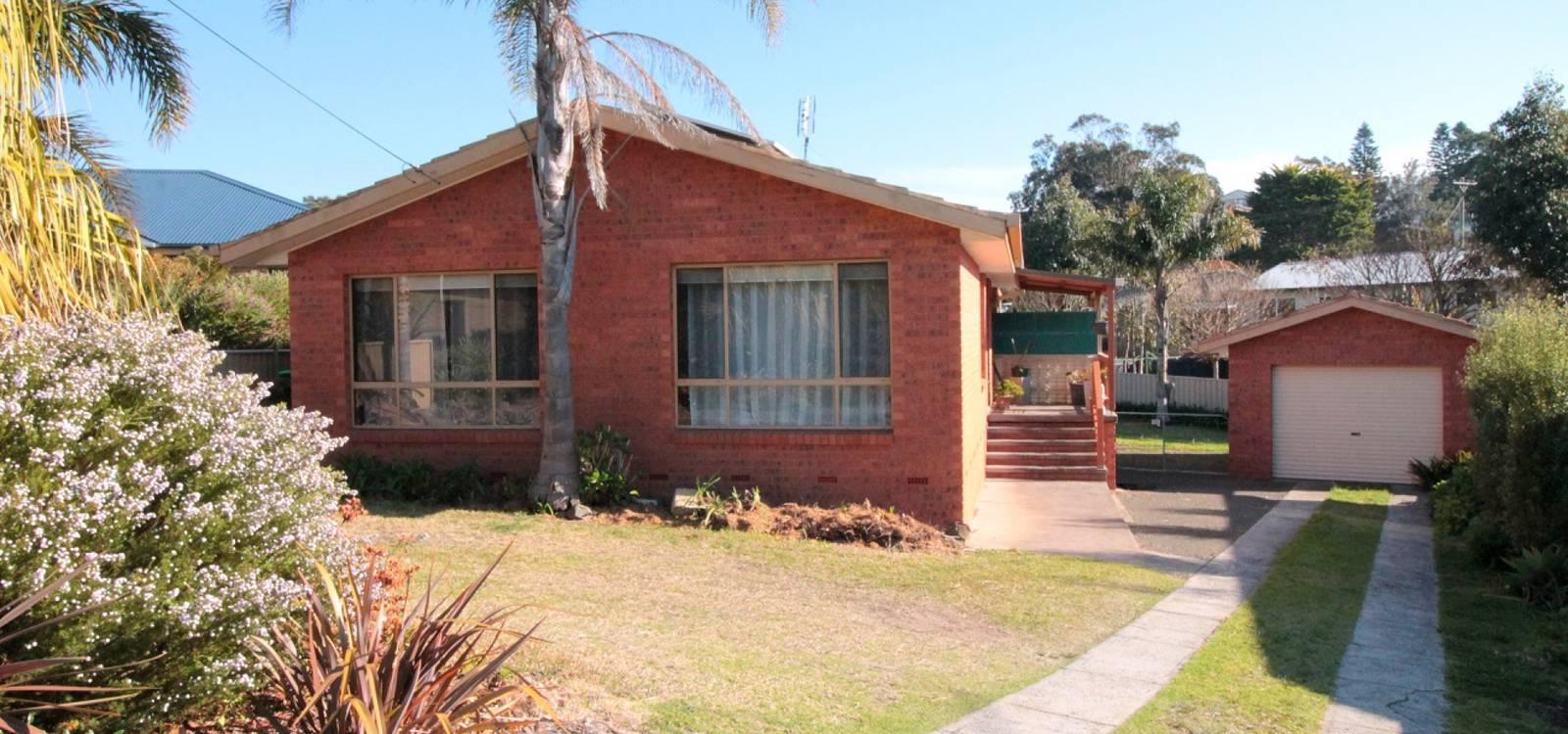 23 Grenville Avenue TUROSS HEAD, NSW 2537 - photo 1