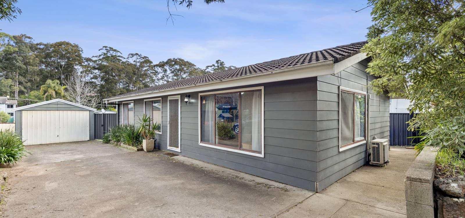 28 Clare Crescent BATEHAVEN, NSW 2536 - photo 1