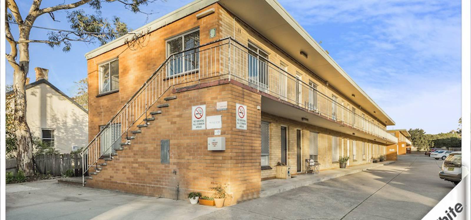 3/9 Macquoid Street QUEANBEYAN, NSW 2620 - photo 1