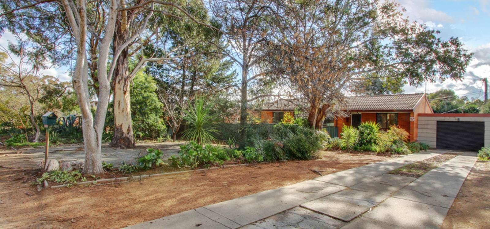3 Hardey Place STIRLING, ACT 2611 - photo 1