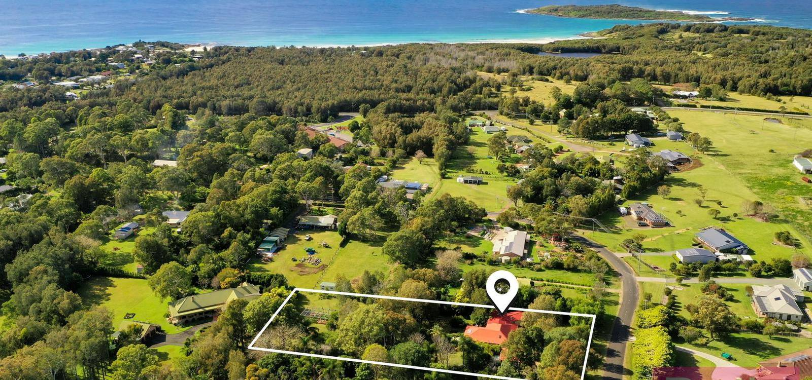 39 Voyager Cresent BAWLEY POINT, NSW 2539 - photo 1