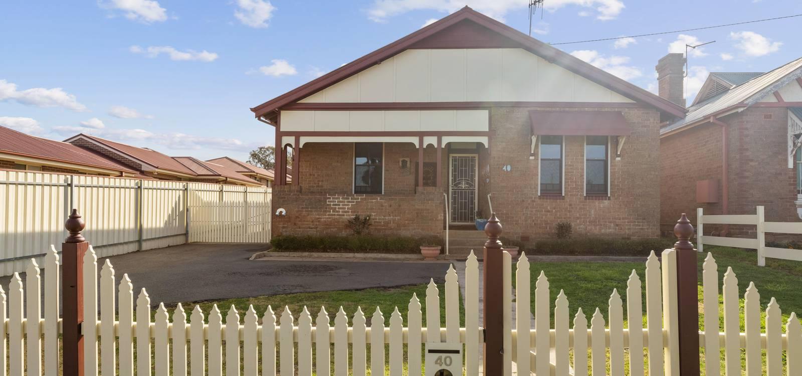 40 Cowper Street GOULBURN, NSW 2580 - photo 1