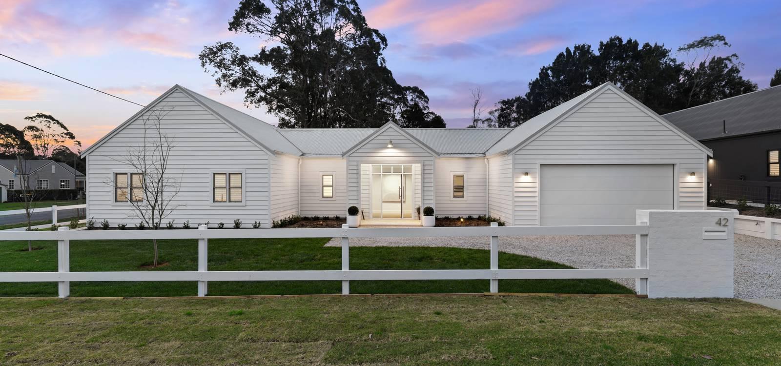42 Burrawang Street ROBERTSON, NSW 2577 - photo 1