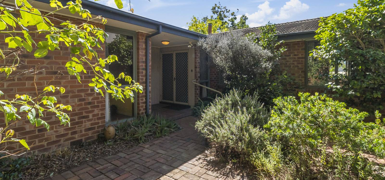 56 Investigator Street RED HILL, ACT 2603 - photo 1