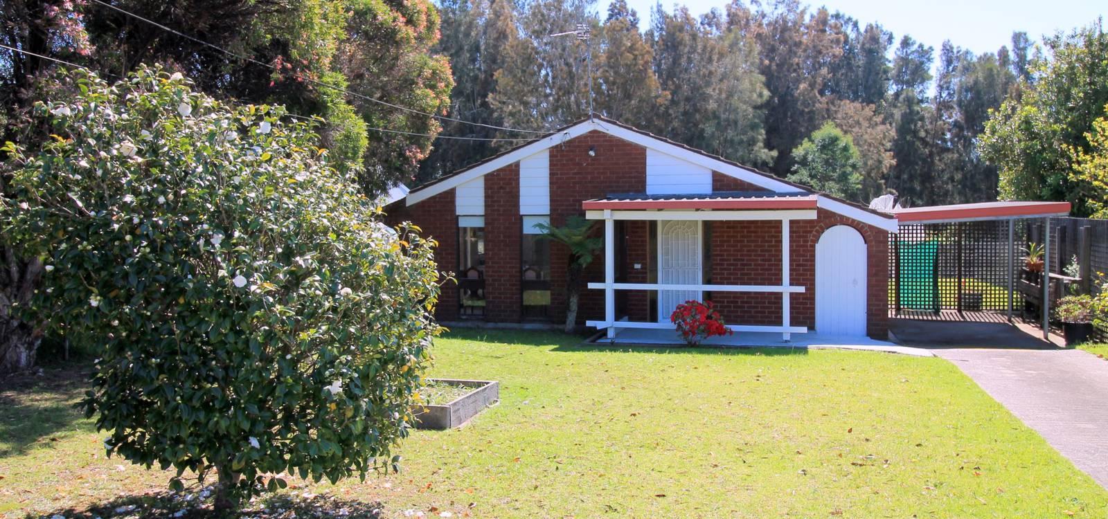 6 Andrew Avenue TUROSS HEAD, NSW 2537 - photo 1