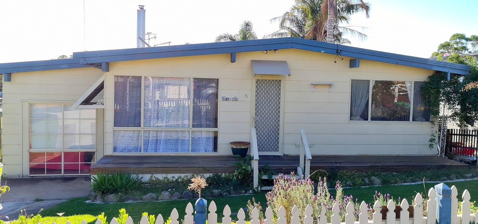 6 Oaks Avenue TUROSS HEAD, NSW 2537 - photo 1