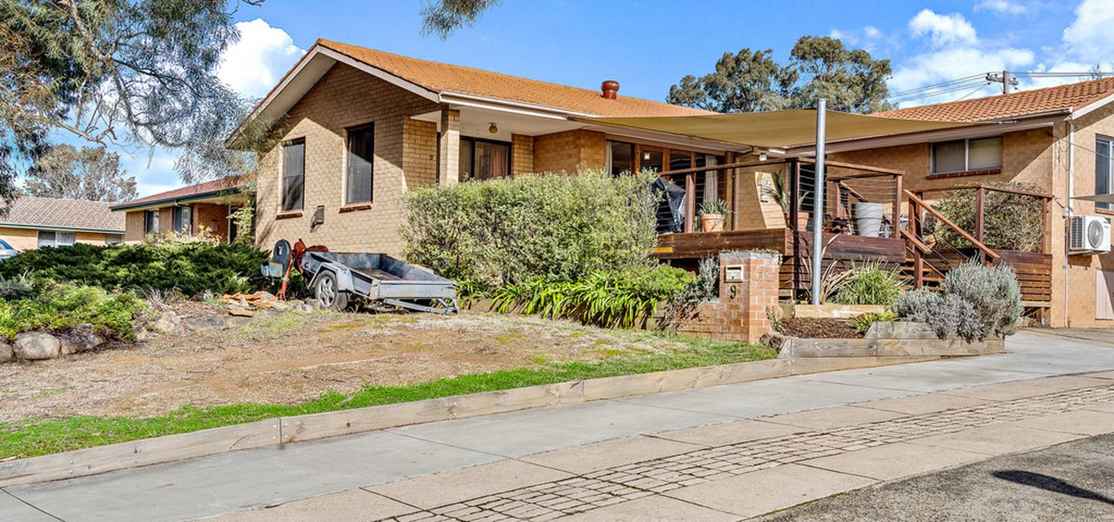 9 Foreman Place MACGREGOR, ACT 2615 - photo 1