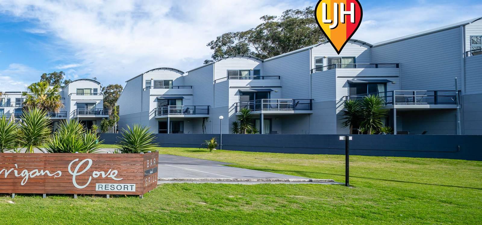 Unit 211A/202-208 Beach Road BATEHAVEN, NSW 2536 - photo 1
