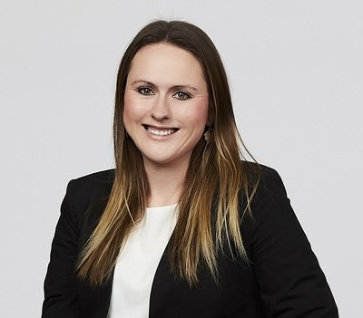Katrina Briggs Sales Associate – Team Peta Barrett