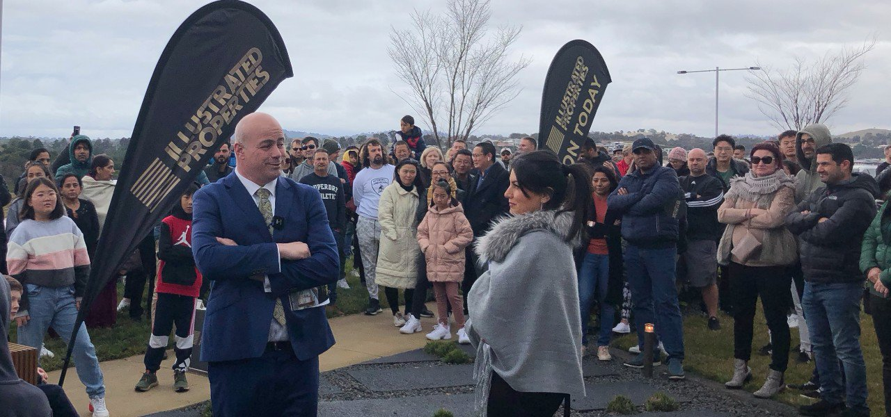 Auction madness as Coombs home stuns agents and house hunters